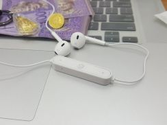 Wireless BT4.1 Earpods Stereo with Mic HQ Audio