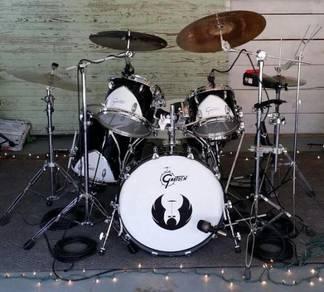 Gretsch Renown Motor City 57 Black White Drum