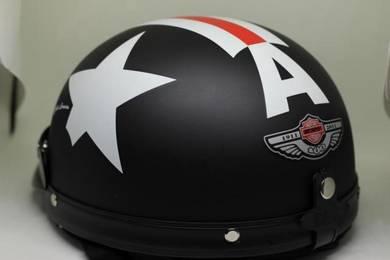 Helmet (Black Matte Captain America) +Googles+ POS