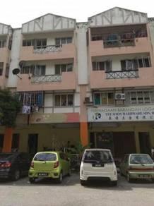 1st Floor Office,Taman Pinggiran Putra Near Tmn Equine,Seri kembangan