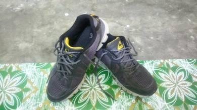 Kasut Jogging