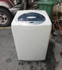 LG 7 kg fully automatic washing machine