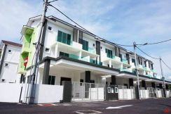 Maple Residence Triple Sty G&G Corner Unit at Sungai Puyu, Butterworth