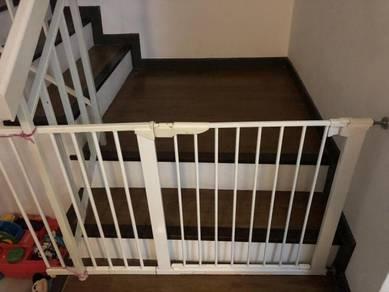 Children Gate