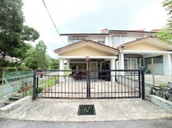 FACING OPEN - END LOT 2 Sty House Taman Tamu Hillpark, Batang Kali