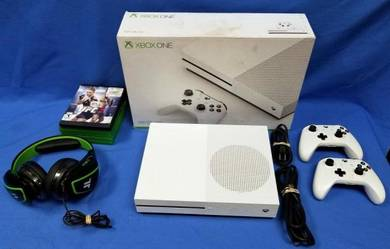Microsoft xbox one s console
