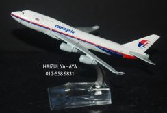 Malaysia Airlines B747 - Metal Aircraft Model 4