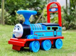 Thomas Train ride on car for kids Thomas & friends