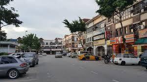 Kota Damansara Sec 8 , 3 sty Shop Lot (End Lot) for SALE