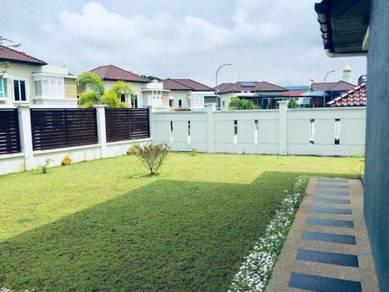 SRI ISTANA HILLS, Klang, BUNGALOW, 8 Rooms, BIG CAR PORCH, BIG LAND