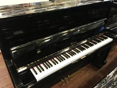 Atlas piano made imported Japan