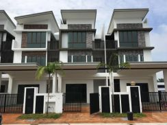 READY Unit 0 D/Payment SAVE RM126K NEW FREEHOLD 2n Half Sty Meru Klang