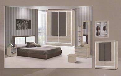 Full bedroom set - tz041