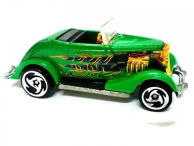 2000 Hot Wheels 33 FORD ROADSTER metalbase green