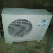 Aircond Topaire 2.5 HP outdoor unit