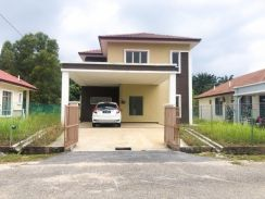 Double Storey Bungalow Mahkota Hills / Full Loan / Nice Unot