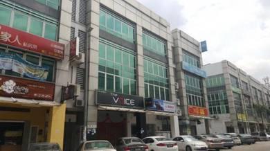 Bandar puteri puchong 2nd flr office , 2275sf Near MRT , puchong