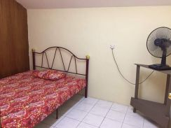 ROOM FOR RENT 3rd Mile Timberland
