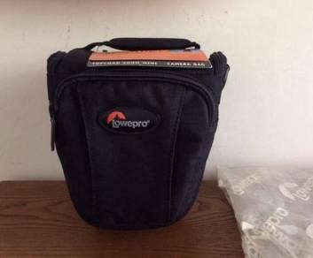 Lowepro Topload Zoom (TLZ) Mini Camera Bag (Black)