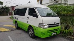 2013 Toyota Hiace 2.5 Turbo Diesel Window Van
