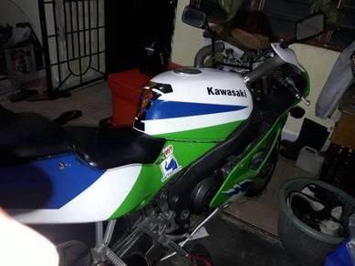 Kawasaki zxr 750j 1992