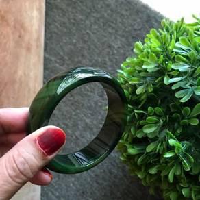 Jade bangle( seldom use)