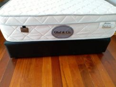 Olaf spring mattress with divan