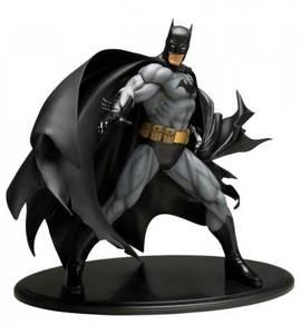 Kotobukiya Artfx Batman Black Costume 1/6 Statue
