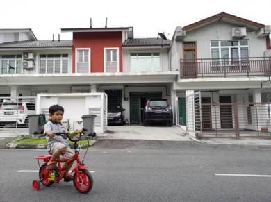 Double Storey Pasir Gudang Gated & Guarded House Full Loan Below Mark