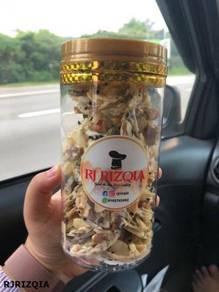 Almond Crunchy -RJRIZQIA