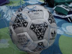 Adidas AZteca Maya world cup 1986 ball