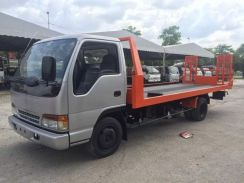 Isuzu NPR71 Car Carrier Half Down 18.6