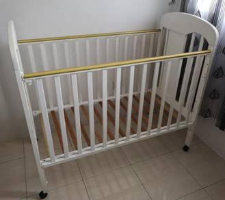 Ivano Baby Cot