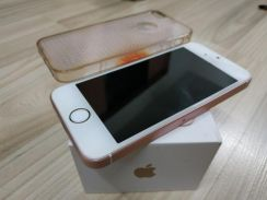 IPhone SE 16Gb Rose Gold with box (Celcom Set)