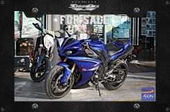 2011 Yamaha YZF-R1 RECONDITION (LIKE NEW)