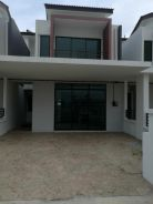 Saujana klia double storey terrace