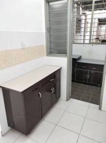 Suria Permai,Bandar Putra Permai,Tingkat Tinggi,Dua Kitchen Cabinets