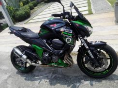 Kawasaki Z800 2013 ( low mileage 19k km )