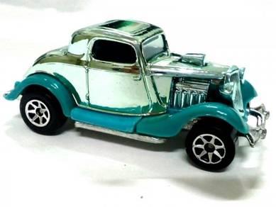 1995 Hot Wheels 34 3-WINDOW metalbase