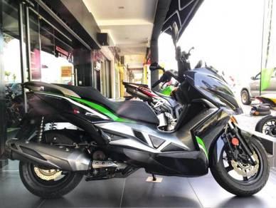 Kawasaki j300 cruisym xmax elegan 250