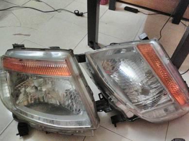 Lampu hadapan(front lamp) model T6 ford ranger