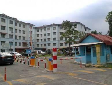 Dahlia Apt Taman Putra Perdana Puchong Near Sekolah Men and Keb