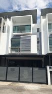 New 3 storey house in Taman Putra Prima, Puchong