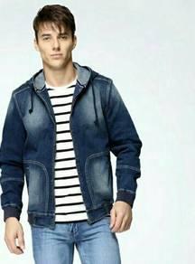Men New Hoodie Denim Jacket. MDF000003