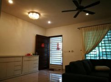 Sathu Terrace One Residence 22'x95' Fully reno
