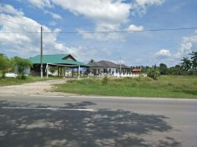 Tanah Lot Padang Menora 4400kps Tepi Jalan Utama