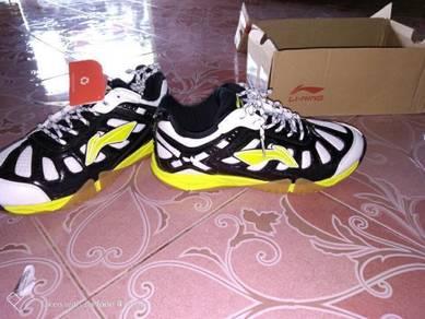 LI NING kasut badminton