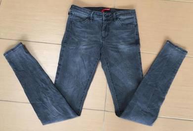 Uniqlo skinny black jeans women
