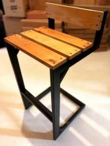 High Stool Bar Chair Well Kept Good Condition