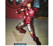 SCI-FI Revoltech Series NO. 042 Iron Man Mark VII